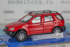 Mercedes-Benz ML 320 (красный)