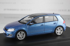 Volkswagen Golf (A5), 2009г. (синий металлик)