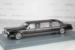 Lincoln Town Car Limousine (черный)